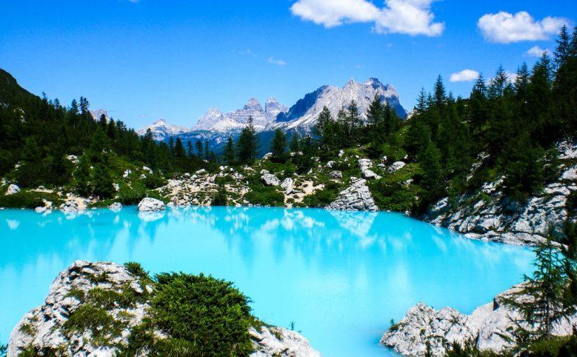 Однодневное путешествие из Абано Терме в Альпы на фантастическое озеро Сорапис