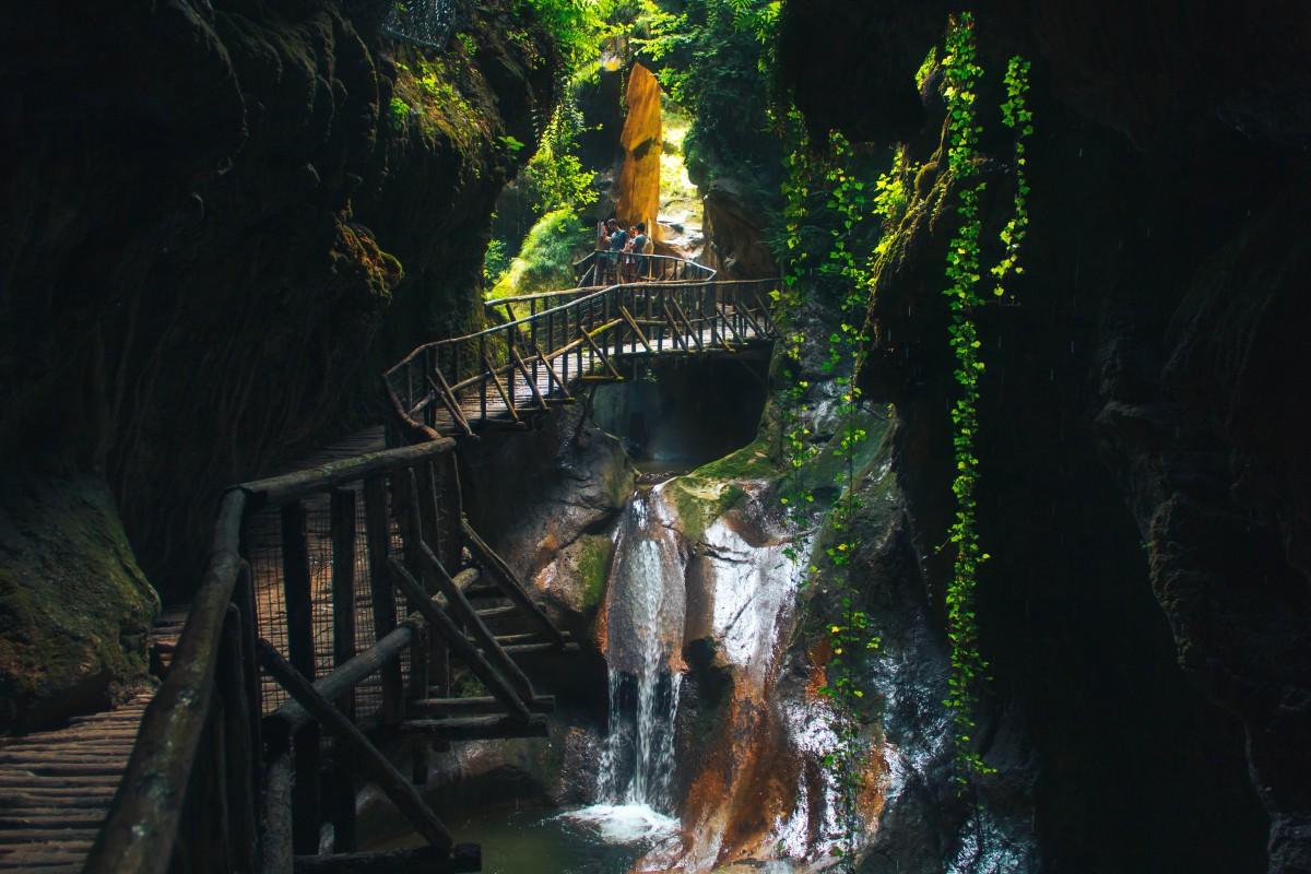 Тревизо Кальерон водопад