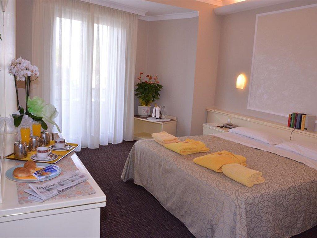 Отель Маркони в Монтегротто Терме