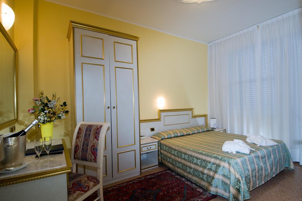 Отель Интернационале в Абано Терме