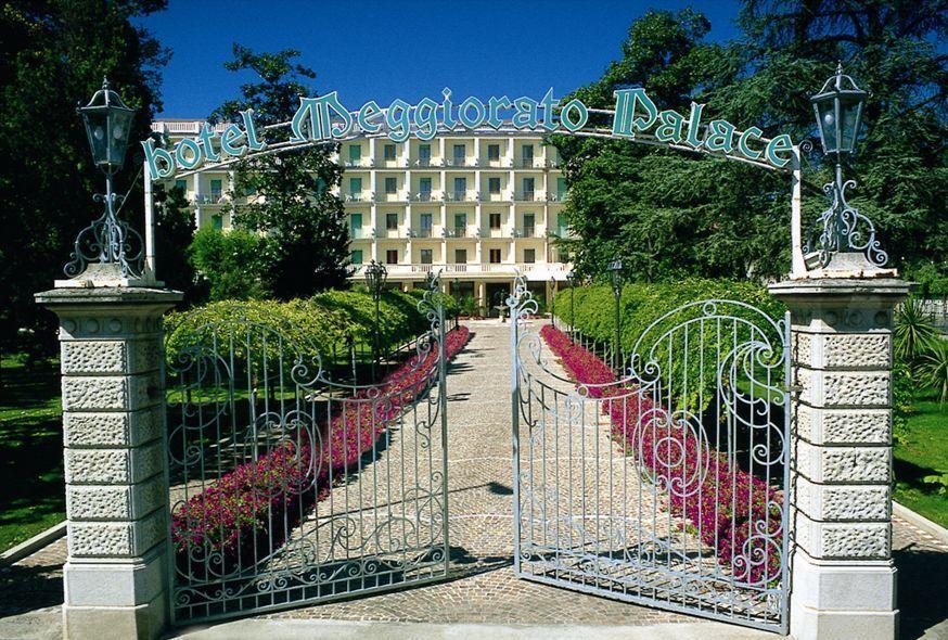 Отель Меджиорато в Абано Терме