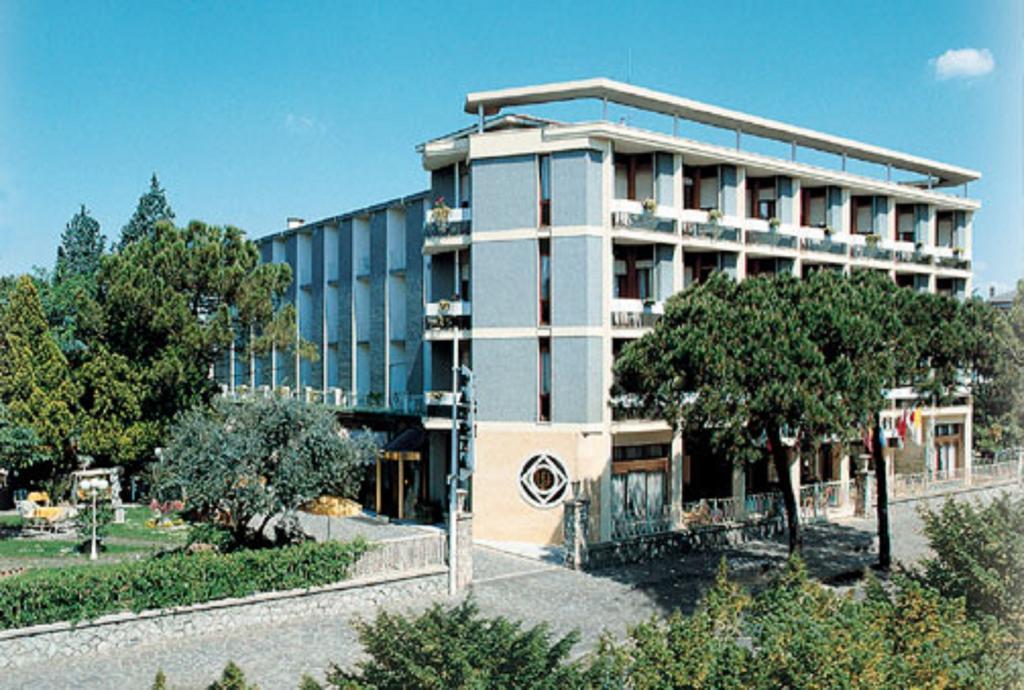 Отель Патрия в Абано Терме
