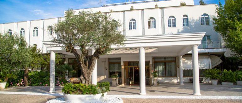 Отель Беллависта в Монтегротто Терме