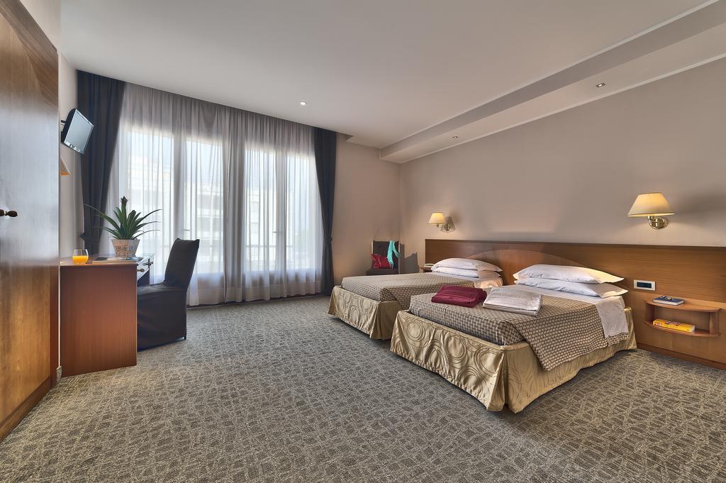 Отель Гранд Торино в Абано Терме