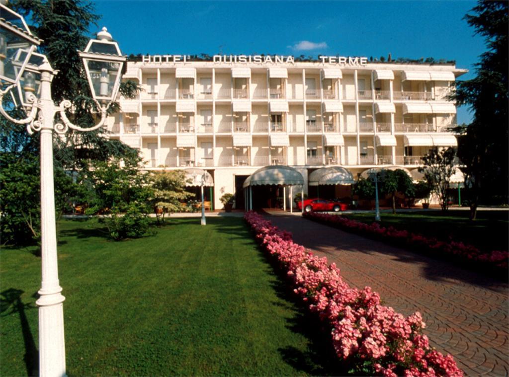 Отель Квизизана в Абано Терме