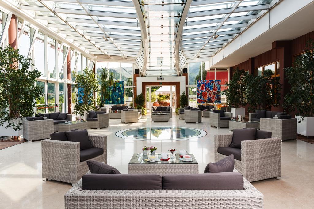 Отель Миллепини в Монтегротто Терме
