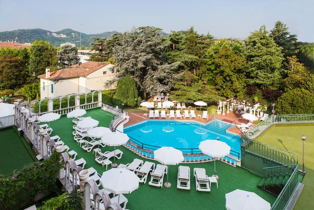 Отель Олимпия в Монтегротто Терме