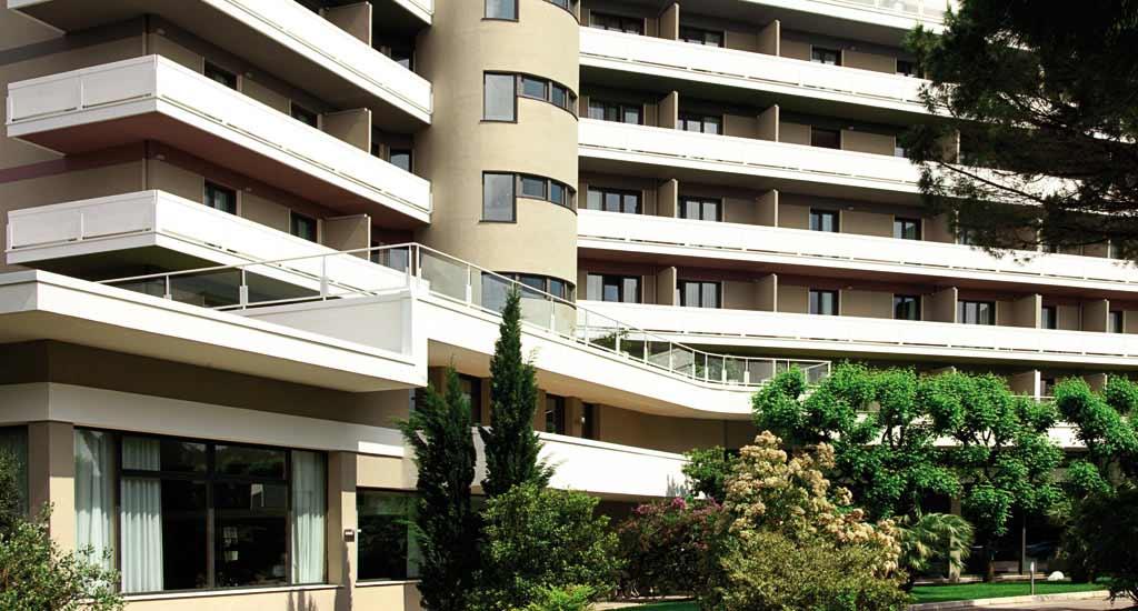Отель Радиссон Блу Маджестик в Гальзиньяно Терме